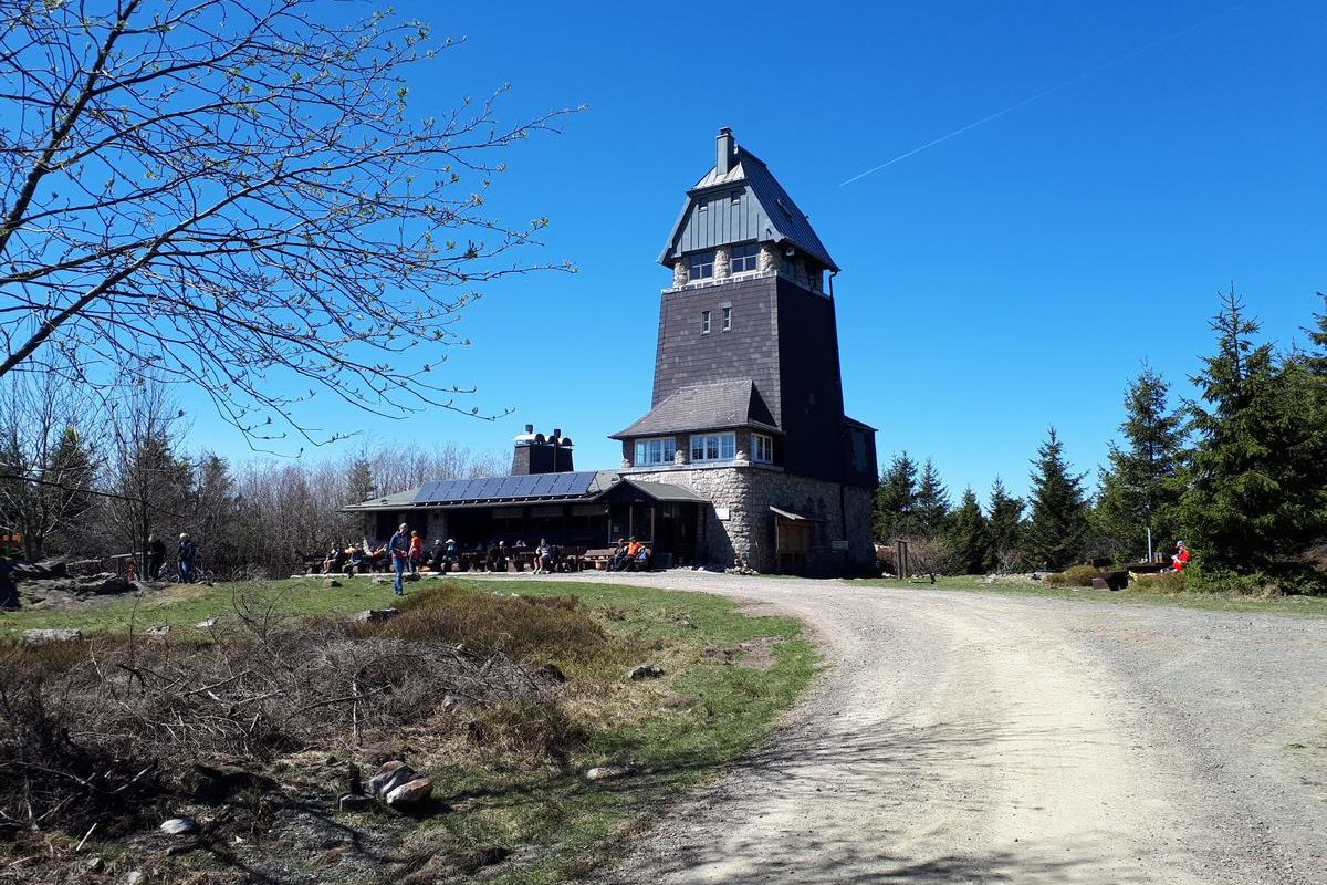 Hanskühnenburg im Frühling