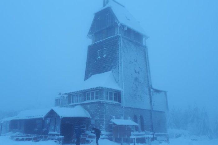 Von Lonau zur Hanskühnenburg im Schnee